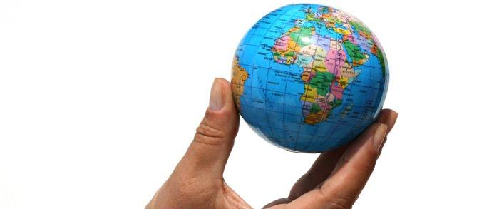 Kriskras de wereld over: tombola van rode wijn