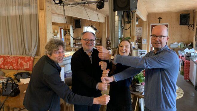 Het geheim van de sociëteit is ontsluierd: jubileumboek 40 jaar Brabantse Wijnsociëteit